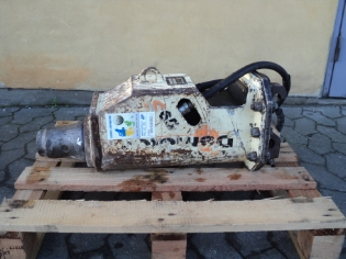 Demoter S 65, Brugt hydarulikhammer